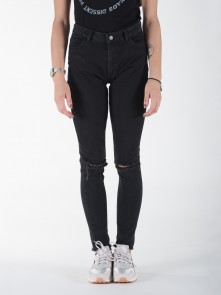 Cher 0210 Jeans di Minimum in vendita da Cloverfield Store