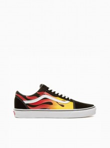 Old Skool Flame di Vans in vendita da Cloverfield Store